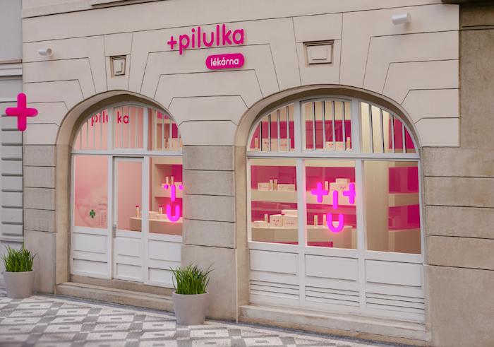 Pilulka má nové logo se znaménkem plus a úsměvem, zdroj: Pilulka.