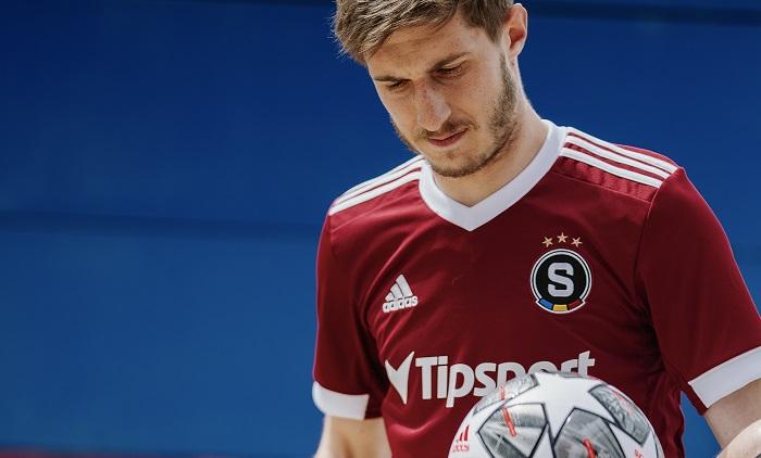 Nový dres od Adidasu a nové logo, zdroj: AC Sparta Praha