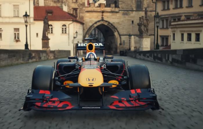 Zdroj: repro z nového spotu Red Bull