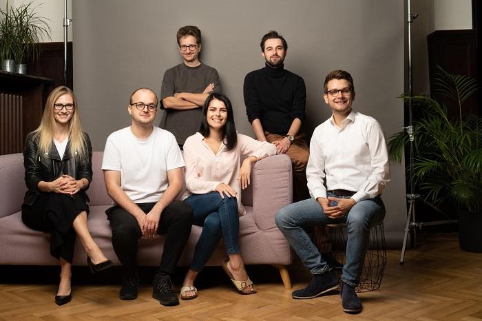 zleva: Michaela Mundlová, Marek Linhart, Roman Zámečník, Adéla Červínová, Martin Zdražil a Lukáš Krčil, zdroj: YYY agency