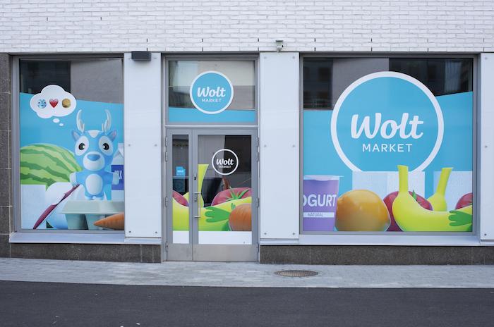 Po pilotním testování, které proběhlo loni ve Finsku a Řecku, společnost chystá spuštění kamenného Wolt Marketu ve většině zemí, kde působí, zdroj: Wolt.