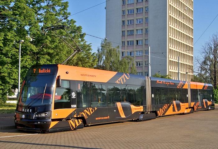 Komunikační mix doplňuje i tramvaj, která jezdí ulicemi Prahy, zdroj: Bohemia Sekt