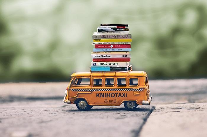 První knihotaxík vyjede ve čtvrtek 29. července, druhý pak o týden později, 5. srpna, zdroj: Knihobot.