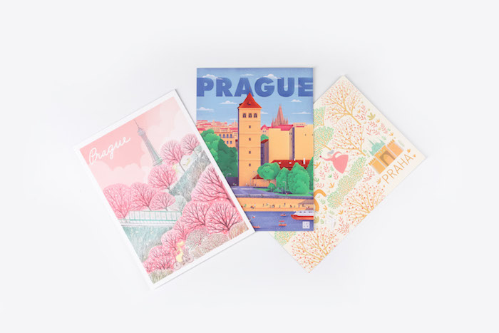 Pohlednice od pražských ilustrátorek a ilustrátorů Linh Dao, Tomáše Smota Svobody a Gabriely Plačkové ze studia DRAWetc., zdroj: Prague City Tourism