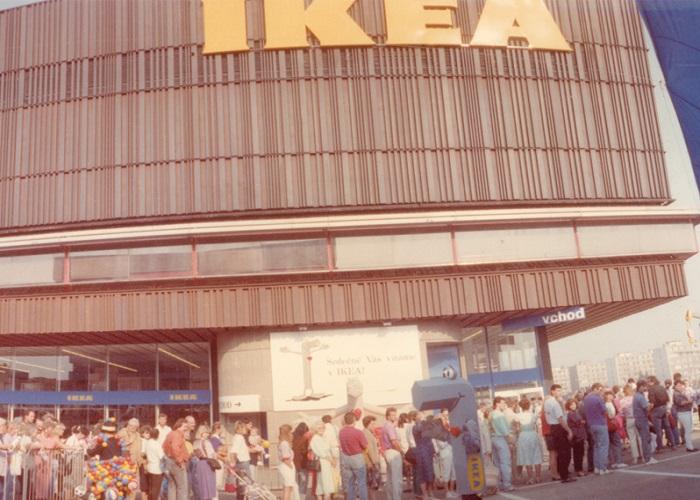 Od otevření v roce 1991 fungovala Ikea až do roku 1996 v centru DBK na Budějovické v Praze, zdroj: Ikea