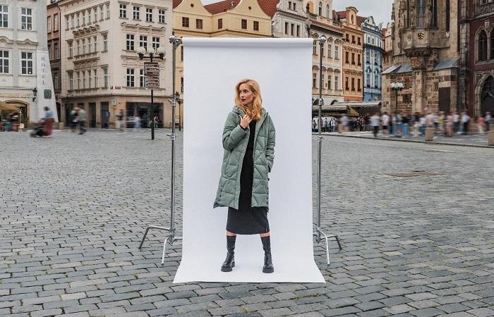 Kampaň se fotografovala na Staroměstském náměstí v Praze, zdroj: Zoot