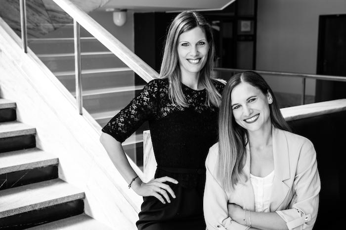 Zleva: Lenka Auerová, nová CEO agentury MediaSentics, a Kateřina Uhrová, jež povede klientský servis, zdroj: MediaSentics.