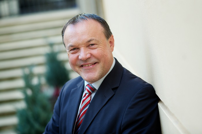 Gerhard Fischer působil v dm Česko od roku 1992, zdroj: Dm drogerie markt