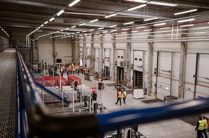Nový sklad má rozlohu přes 9 tisíc m2 a uskladní přes 21 tisíc palet nápojů, zdroj: Coca-Cola