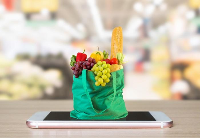 Do roku 2025 by se v Česku mohl zvýšit online prodej potravin až na 9,6 %, zdroj: Shutterstock