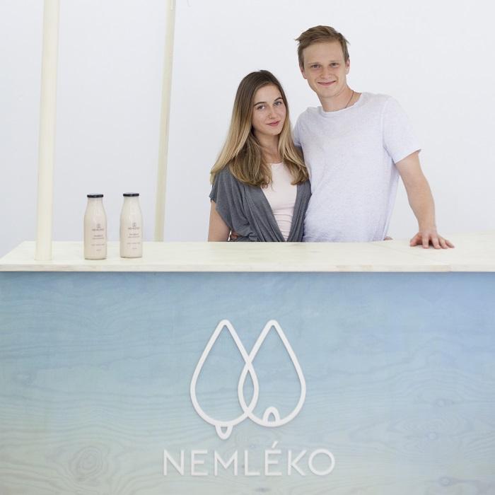 Zakladatelé značky Nemléko Amálie Koppová a David Balcar, foto: Nemléko