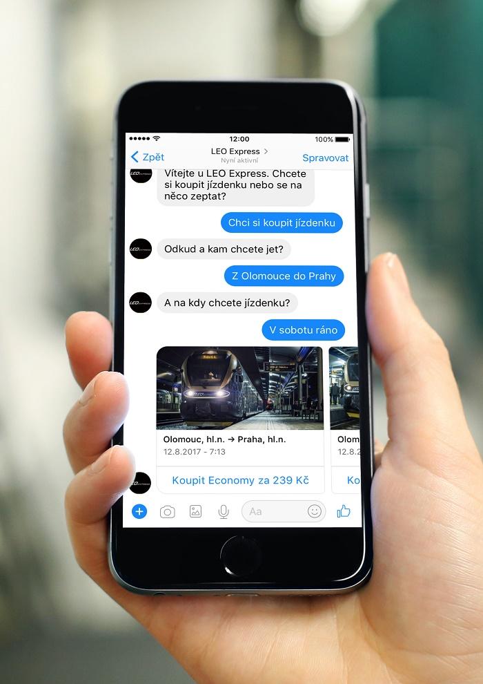 Chatbot, přes kterého lze v Messengeru zakoupit jízdenku, zatím ale jen jednosměrnou pro dospělého, foto: Leo Express.