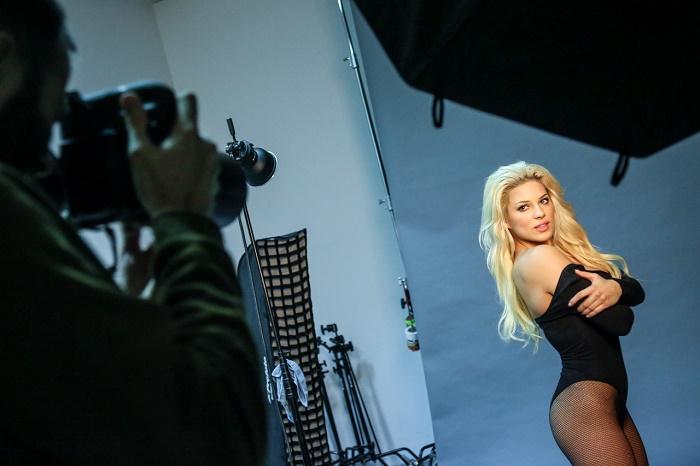 """Eva Perkausová se stala tváří prvního čísla """"nového"""" Playboye, foto: FTV Prima."""