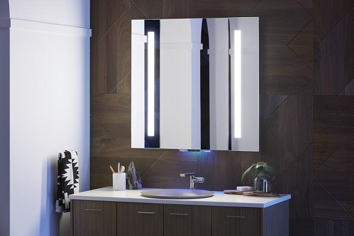 Chytré zrcadlo od firmy Kohler, které lze ovládat hlasem, foto: Kohler.