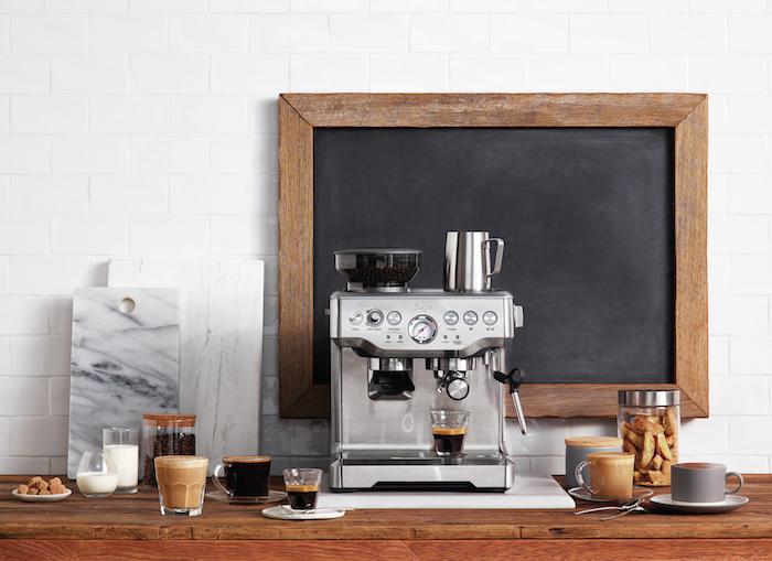Pákový kávovar Sage BES990 Oracle Touch, foto: Sage