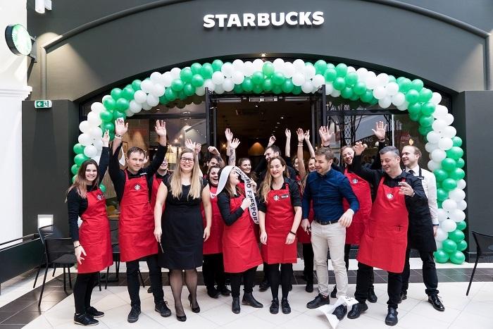 Otevření Starbucks na Hatích u Znojma, foto: Starbucks