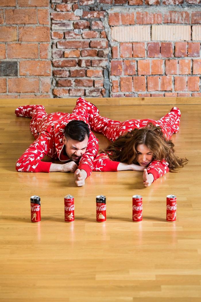 Vedle sjezdového lyžování, krasobruslení či rychlobruslení si Coca-Cola pohrála i s biatlonem, foto: Coca-Cola.