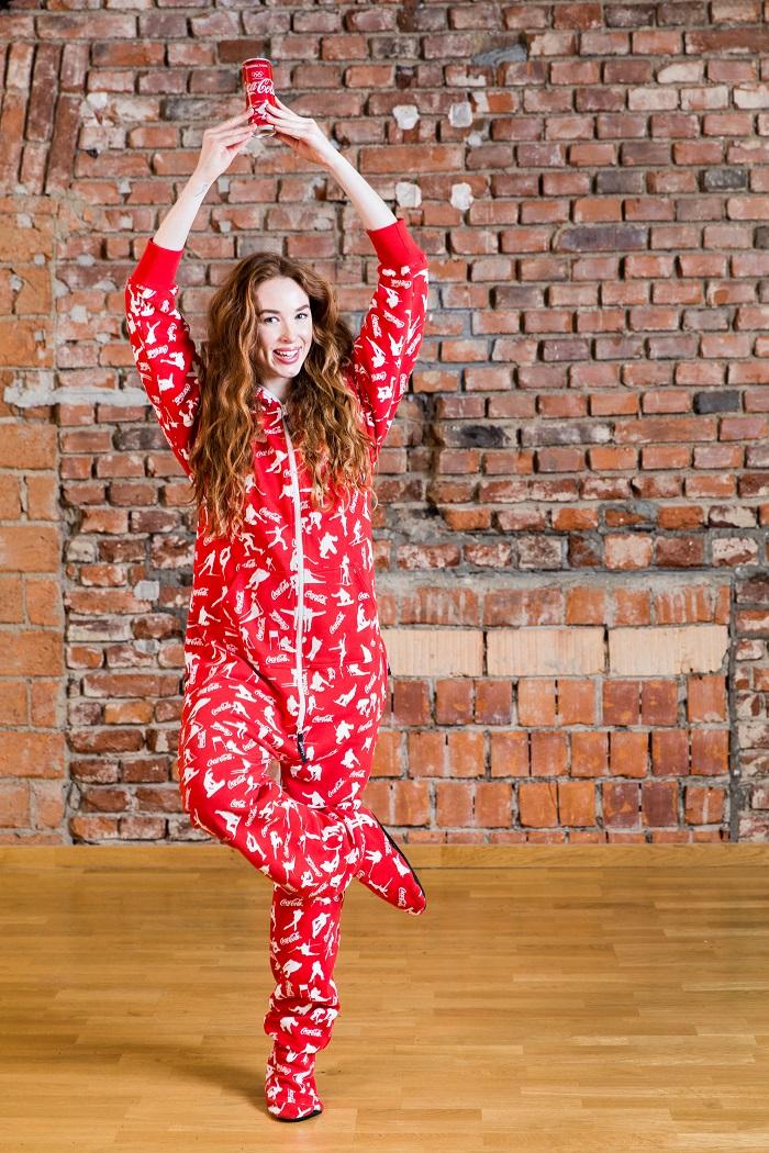 Tváří vizuálů a videí se stala mimo jiné Karolína Wernerová, foto: Coca-Cola.