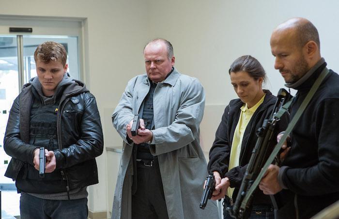 Nezkušeného kriminalistu hraje Robert Hájek (vlevo), kapitána Berana Igor Bareš, foto: Pavla Černá.