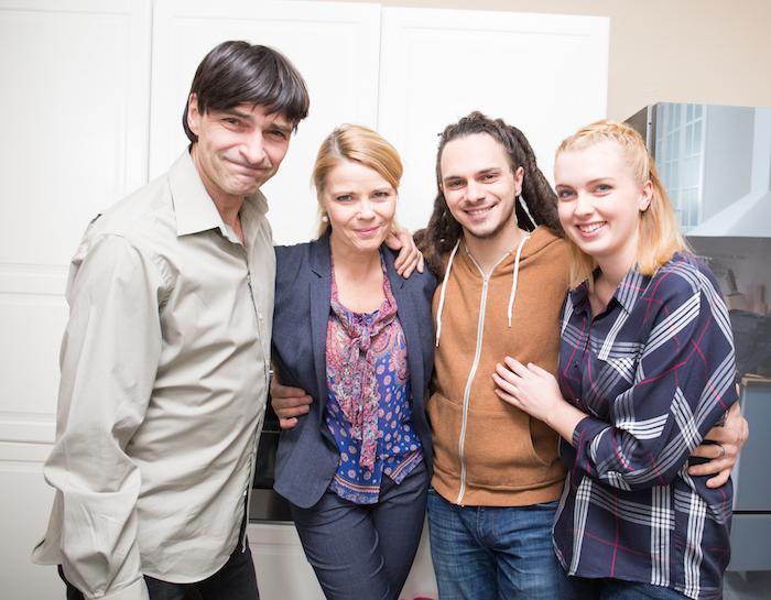 Herci z nového seriálového cyklu Rodinné vztahy, foto: TV Barrandov