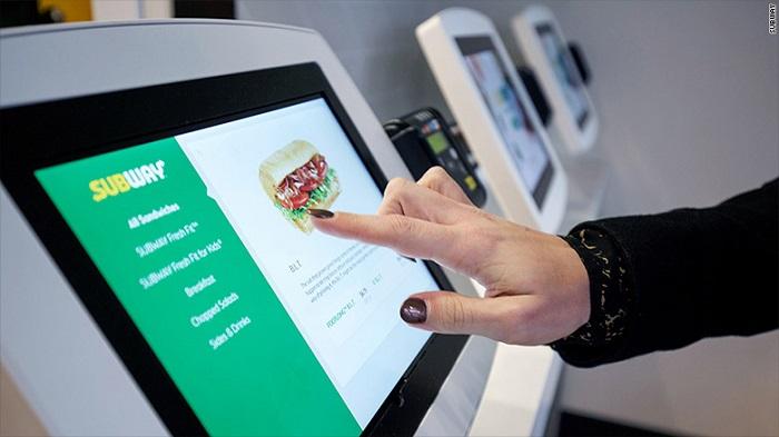 Novinkou budou i samoobslužné kiosky, foto: Subway.