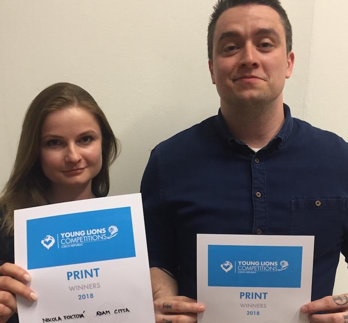 Vítězný tým kategorie Print: Nikola Foktová a Adam Citta z Kindred Group, foto: Lionhearted.