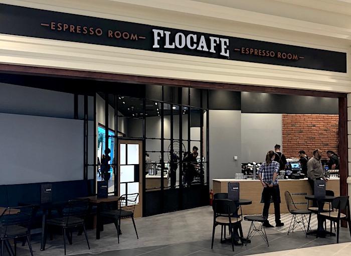 Kávu si lze dát zatím ve Flocafé, později přibude Coffee Fellows a Starbucks, foto: MediaGuru.cz.