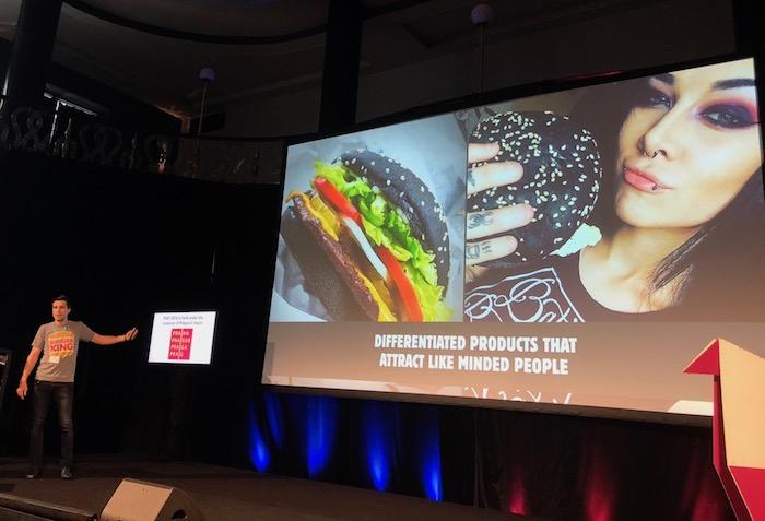 Burger King si rád hraje i se svými produkty, foto: MediaGuru.cz.