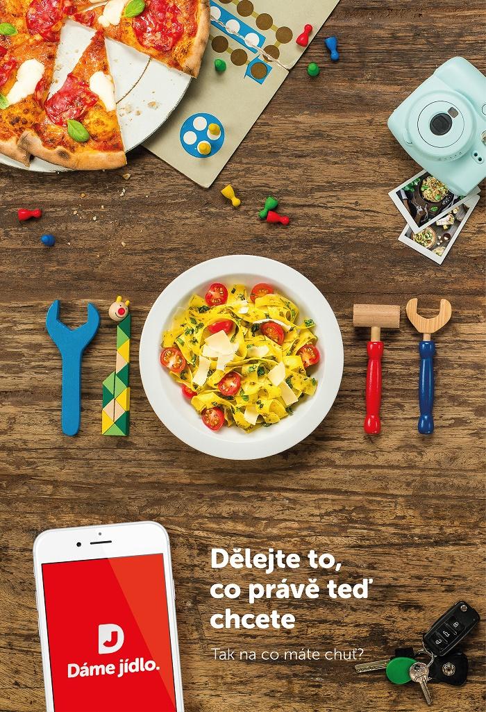 Klíčový vizuál kampaně Dáme jídlo