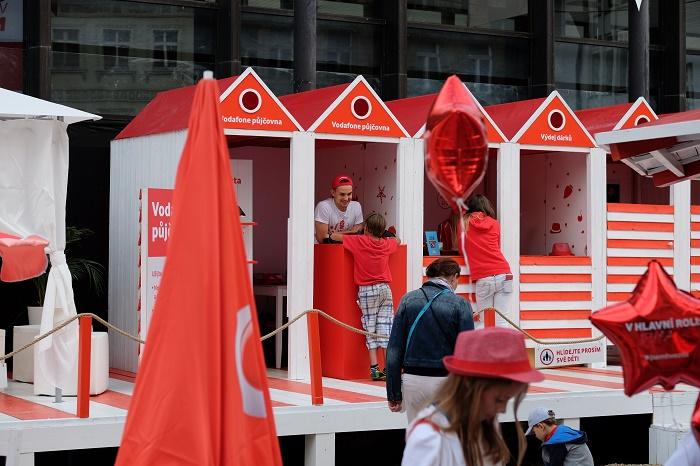 Vodafone pláž na Vřídelní kolonádě, foto: Vodafone