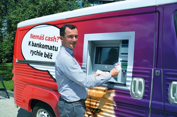 Mobilní bankomat Monety Money Bank, foto: MMB