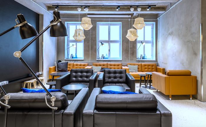 Kavárna nabídne posezení v IKEA sedačkách, foto: IKEA.