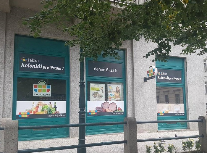 Žabka mění sedm prodejen na Koloniál pro Prahu 1, zdroj: FB Žabka.