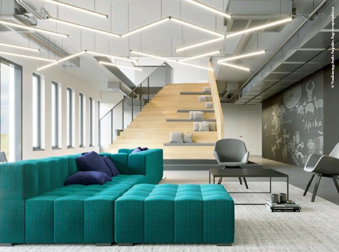 Univerzitní atmosféru navodí do kancelářského prostoru například schodiště, zdroj: Wiesner-Hager.