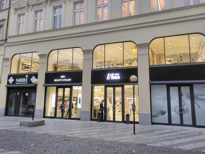 Na Jungmannově náměstí v Praze otevřel FAnn Beauty Atelier, zdroj: CBRE.