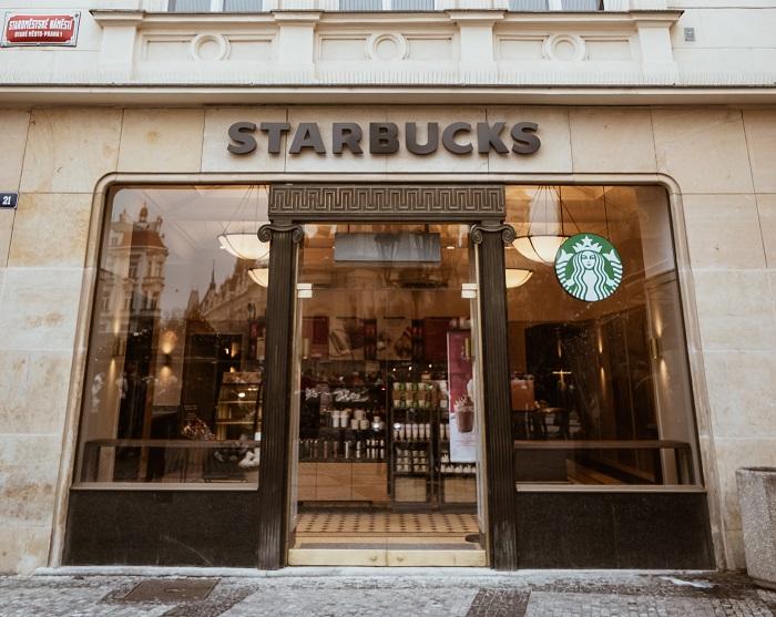 Starbucks otevírá v domě U Zlatého velblouda, zdroj: AmRest.