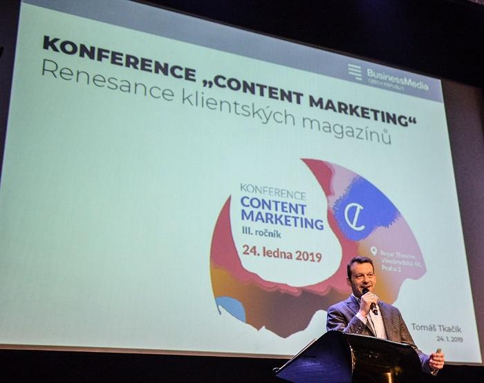 Tomáš Tkačík na konferenci Content Marketing, foto: Karolina Lauferová