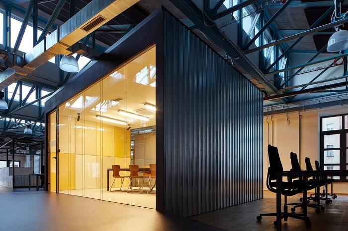 Sinner Schrader – média & marketing kanceláře roku (autor: KURZ architekti)
