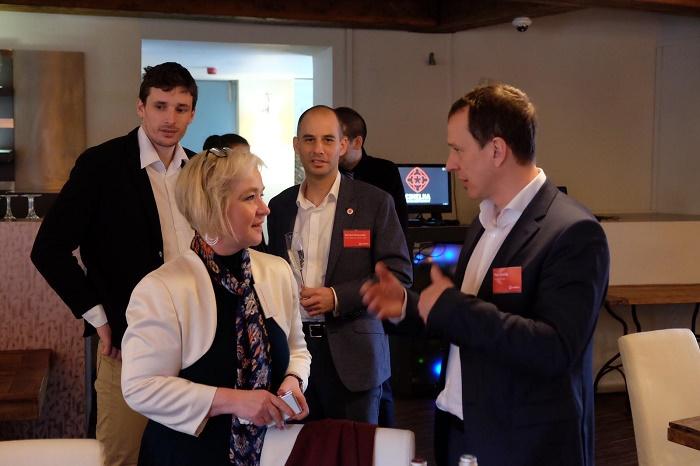 Petr Dvořák, generální ředitel českého Vodafonu, v rozhovoru s Janou Chuchvalcovou z České informační agentury, foto: Vodafone