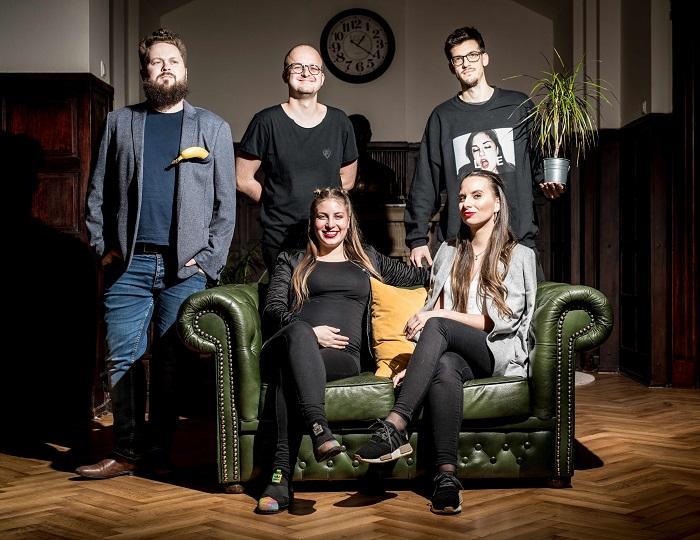 Nové tváře v kreativním týmu agentury Brain One (horní řada zleva): Jindřich Jinoch, Marek Linhart, Jan Filip; (dolní řada zleva): Kateřina Kurťáková a Barbora Balgová, zdroj: Brain One
