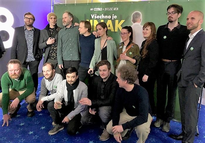 Herci a tvůrci seriálu Všechno je jinak, foto: MediaGuru.cz