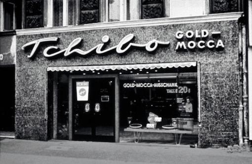 První kavárna značky Tchibo v Hamburku, zdroj: Tchibo
