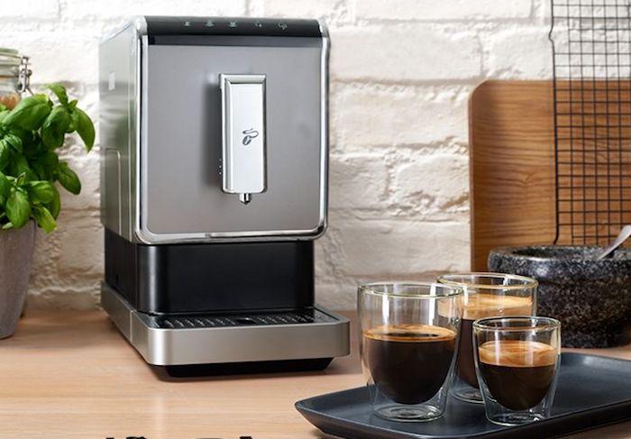 První kávovar na zrnkovou kávu Tchibo Esperto Caffè, zdroj: Tchibo