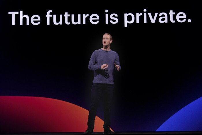 Mark Zuckerberg na konferenci F8, foto: Facebook