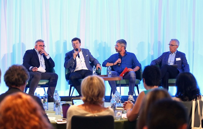 Zleva: Hugues Rey, CEO Havas, Stéphane Berubé, CMO L'Oréal, Alexander Sempf, RMS, Jean Mongeau, CBC Radio Canada, foto: AKTV