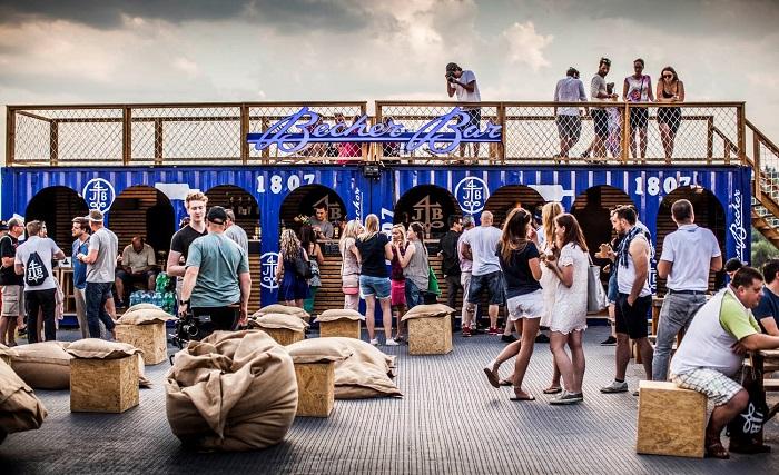 Becherzone na letních festivalech, zdroj: JBPR