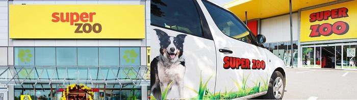 Vlevo nové logo a vpravo staré logo řetězce s chovatelskými potřebami, zdroj: Super zoo & FB