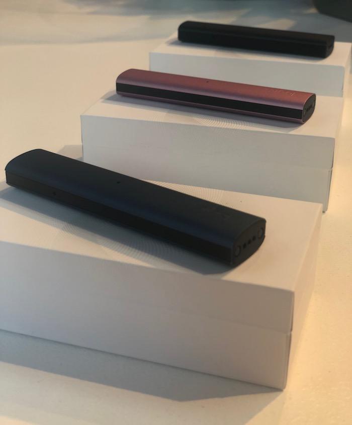 JTI uvádí e-cigaretu Logic Compact, zařízení bude k dostání ve třech barevných provedeních, foto: MediaGuru.cz.