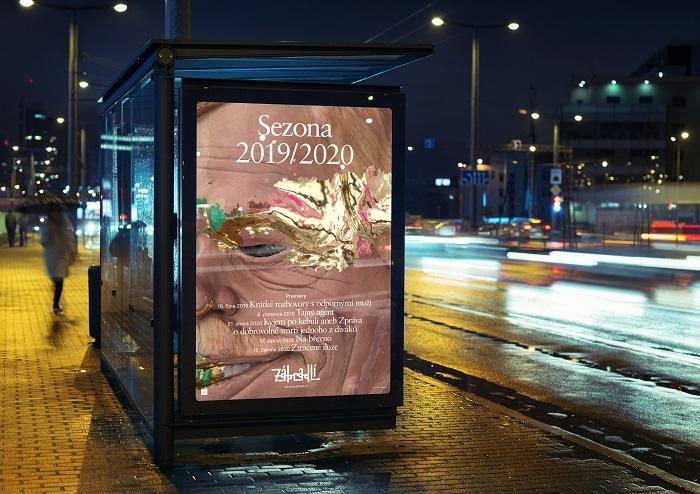 Ukázka aplikace nového vizuálního stylu na venkovní reklamu, zdroj: Divadlo Na zábradlí
