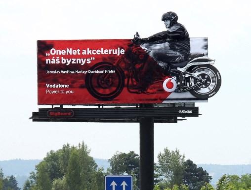Vodafone_bigboard